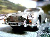 Imprimer le coloriage : Aston Martin, numéro 105470